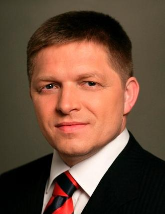 Robert Fico official gov portrait